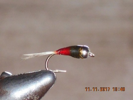 Perdigones red black fly