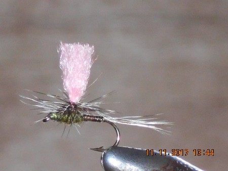 Parachute pink quill dry fly