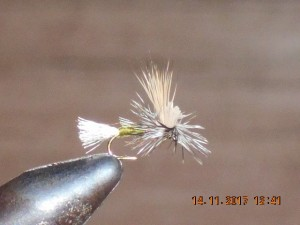 Ec caddis parachute green
