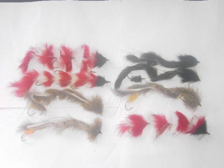 25 Assorted tandem pike flies
